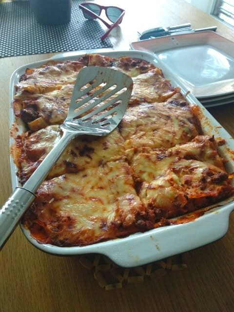 baked lasagna with cheese