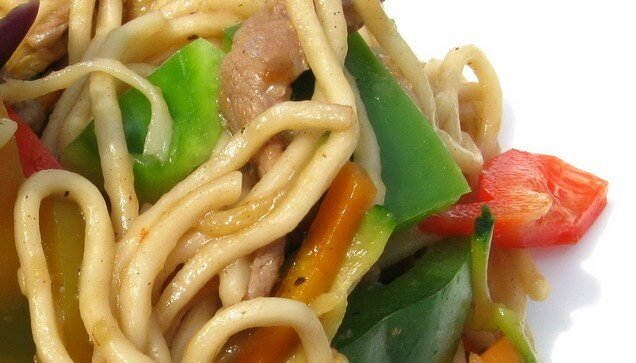 Veal and zucchini chinese noodles