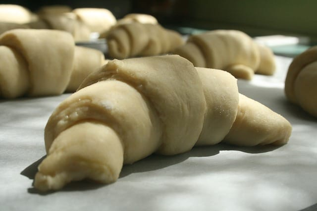 puff pastry substitute in beef wellington - croissant dough
